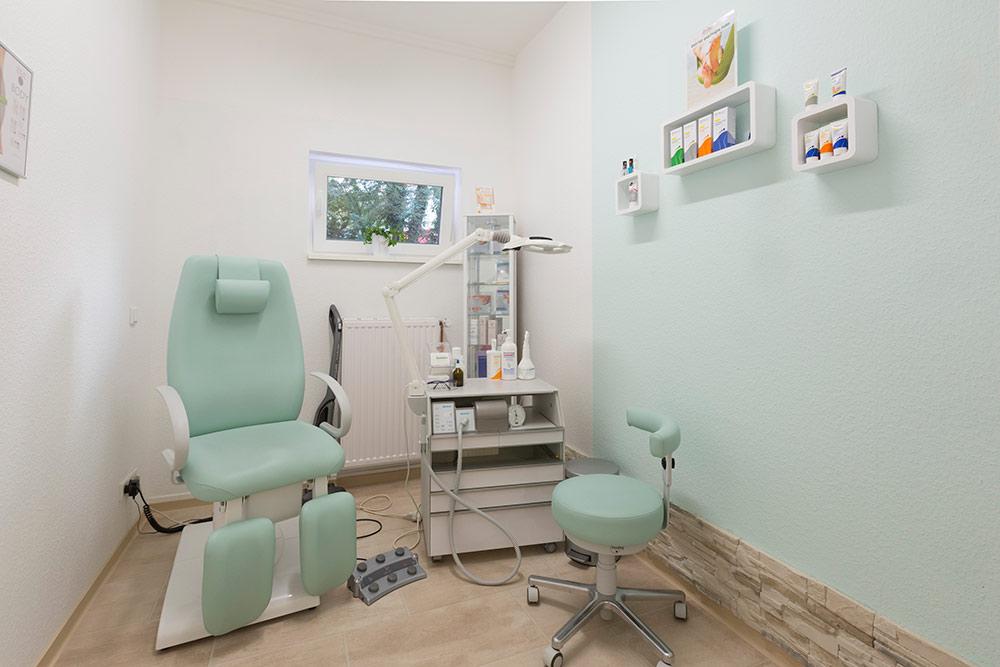 Medizinische/Kosmetische Fußpflege Behandlungszimmer in der MedExpert Praxis Hannover
